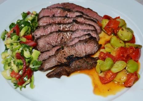 Blade Steak Avocado Saubohnen Paprika 1
