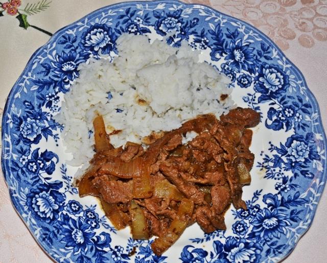 Lamm Zwiebeln Reis