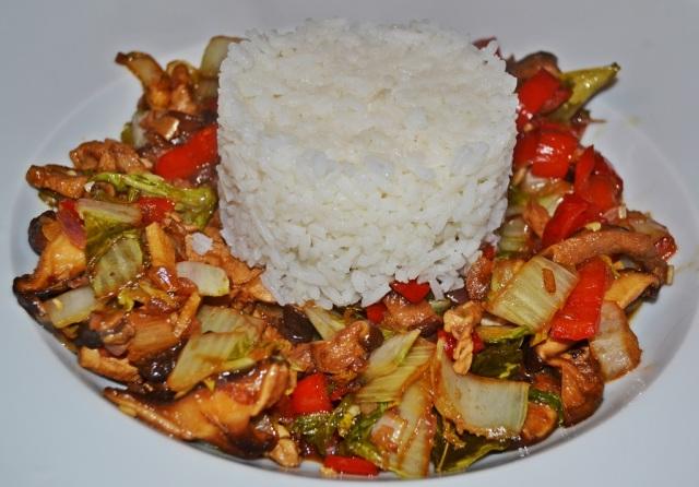 Schweinelende Paprika Chinakohl Shitake Reis 2